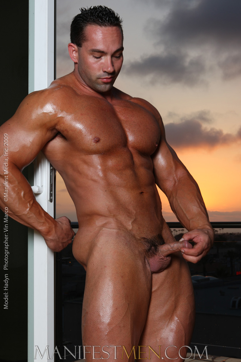 from Kamren bodybuilder gay pics