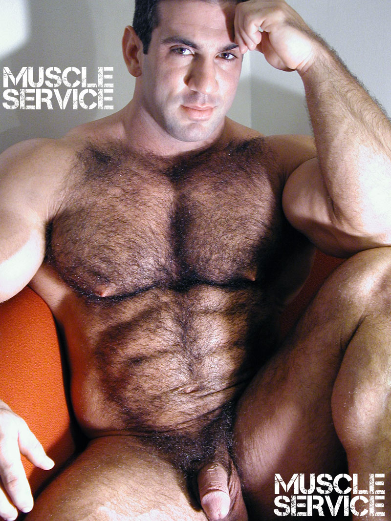 Naked hairy bodybuilders — photo 11